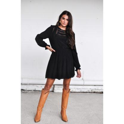 Harper & Yve Spencer Dress black